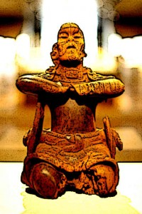 Mayan-Art-and-Crafts-Maya-Wood-Mirror-Bearer-6th-century